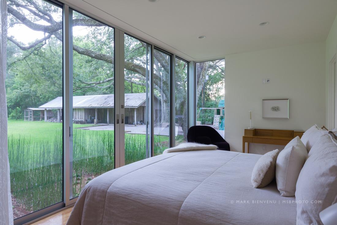 Under the Oak Tree | Residential Architectural Photographer Mark Bienvenu